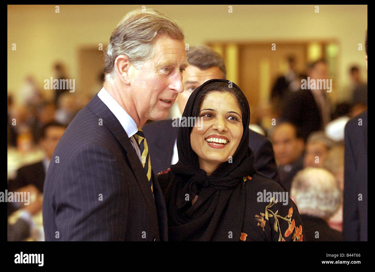 Prince Charles June 2003 Visiting the Central Mosque in Glasgow today as part of his visit to Scotland - Stock Image