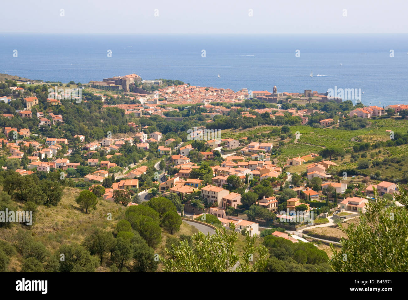 View over Collioure on the mediterranean Cote Vermeille / Southern France - Stock Image