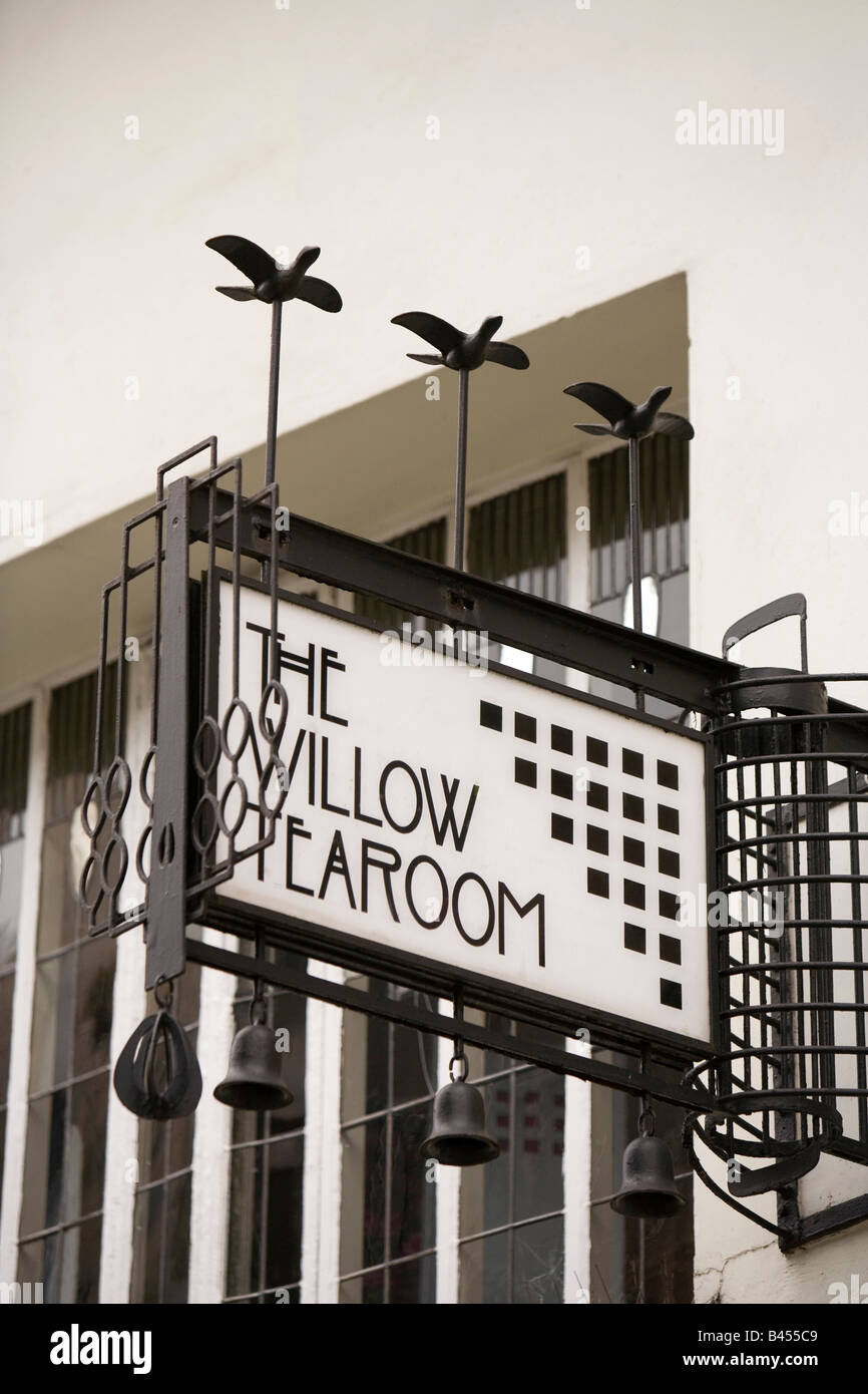 UK Scotland Glasgow Sauchiehall Street Willow Tearoom sign above Henderson Jewellers Stock Photo