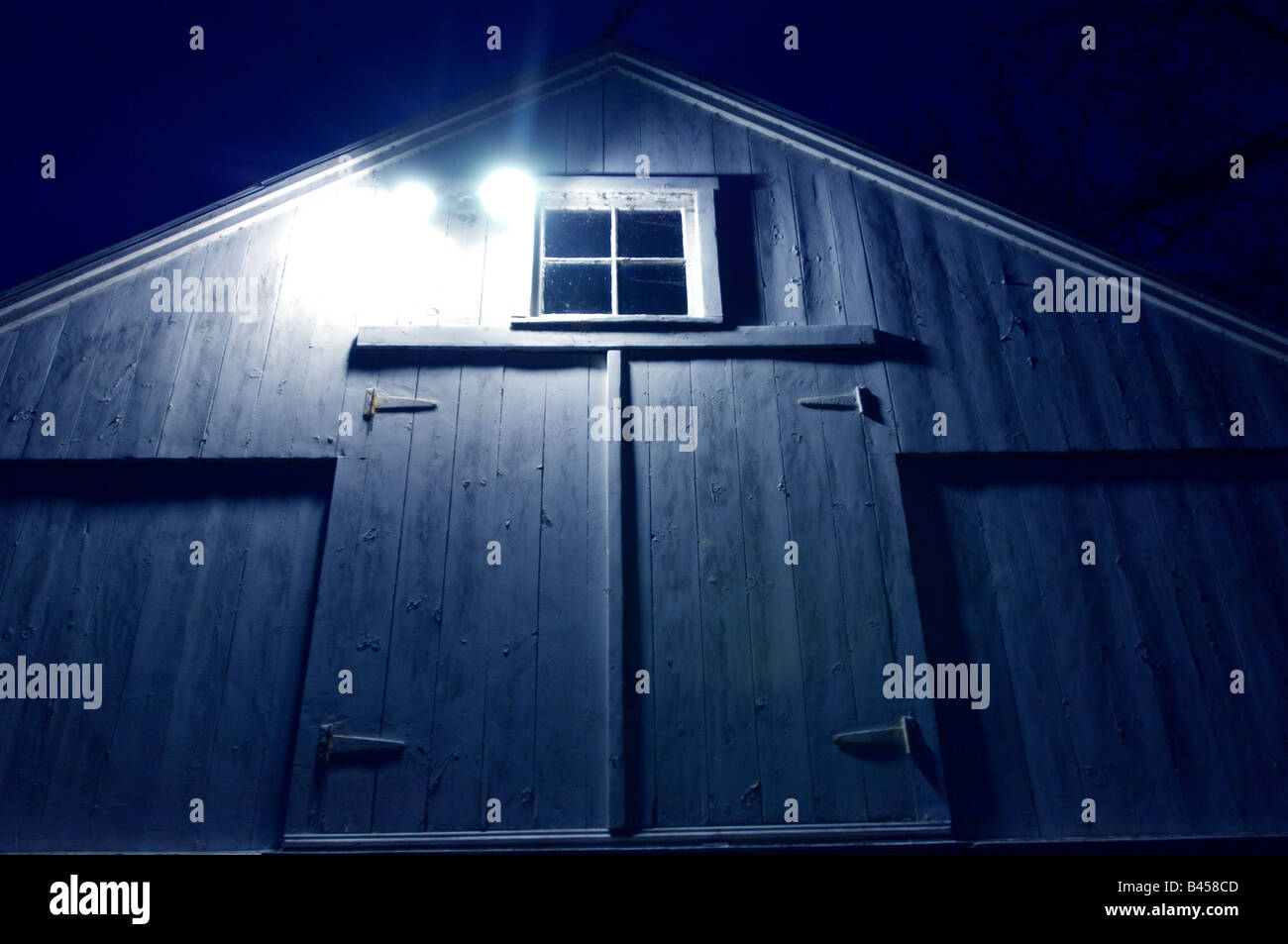 Barn at night, Westport, Ct. USA. - Stock Image
