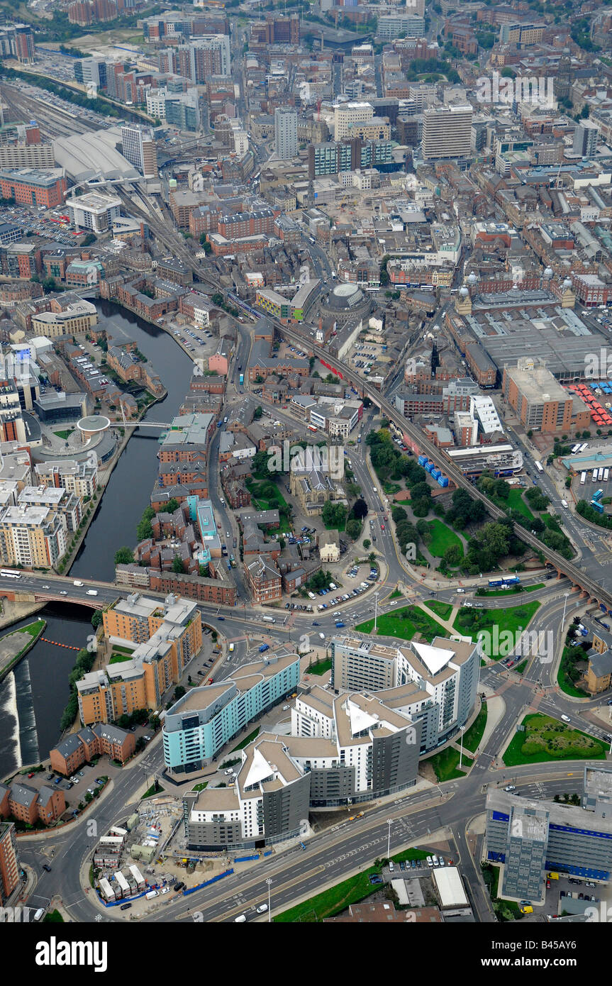 Leeds City Centre from the East, showing new development along the side of the River Aire - Stock Image