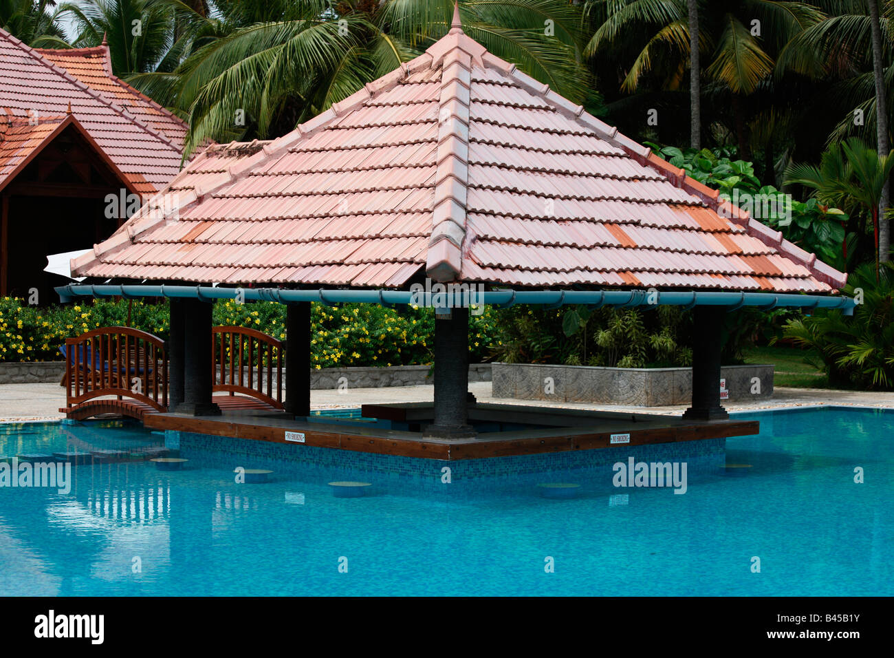A Private Swimming Pool In A House In Kerala India Stock Photo Alamy