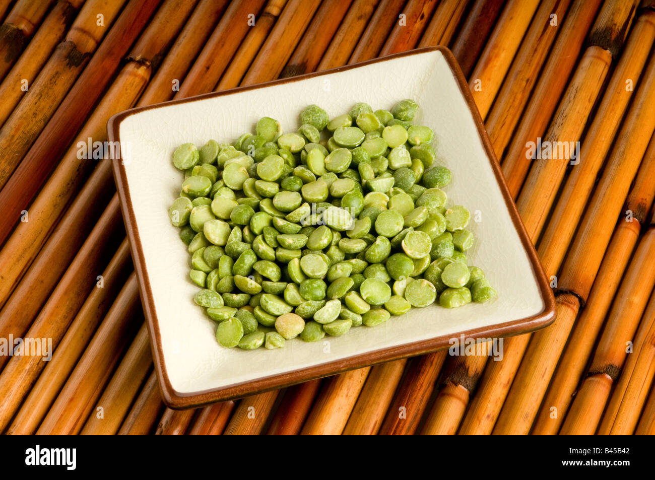 single portion of split peas Stock Photo