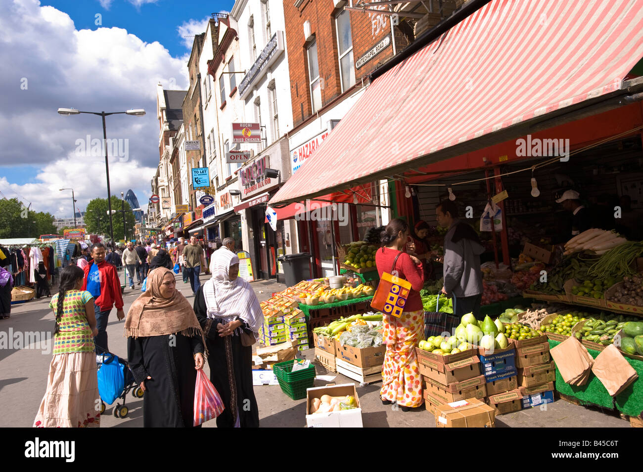 Whitechapel Road Market Whitechapel E1 London United Kingdom Stock Photo