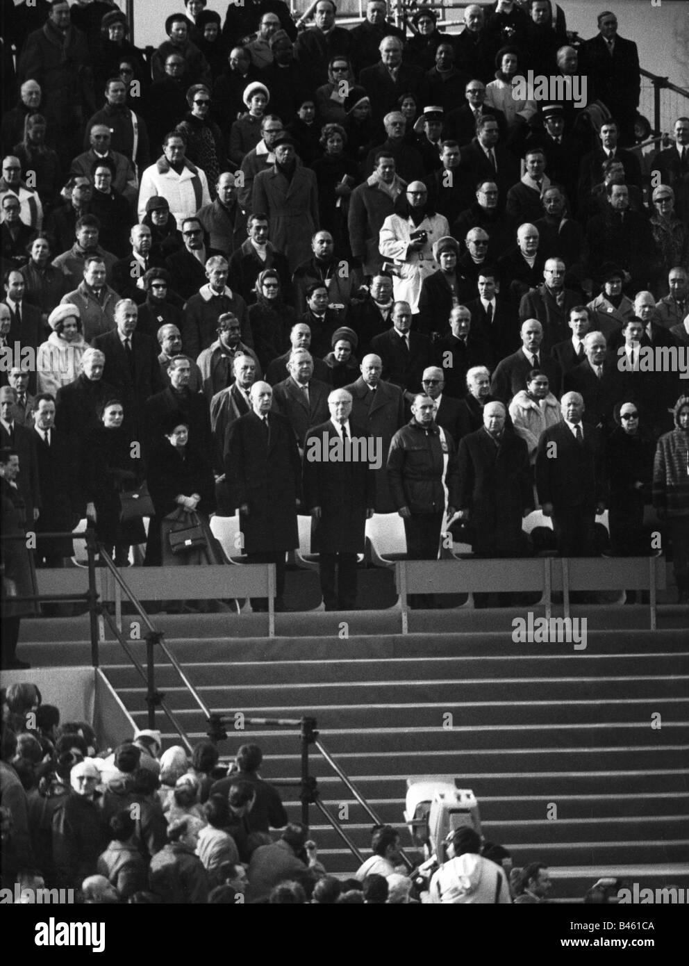 sport, Olympic Games, Grenoble, 6.2.1968 - 18.23.1968, opening, guests of honour during the Olympic Oath, 6.2.1968, - Stock Image