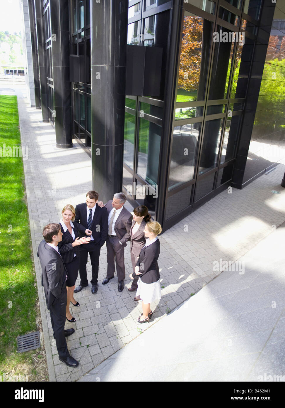 Germany, Baden-Württemberg, Stuttgart, Businesspeople talking, elevated view - Stock Image