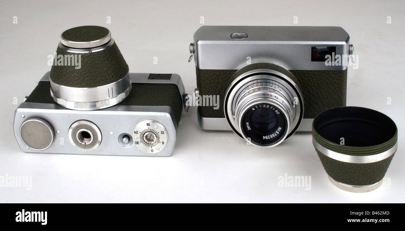photography, cameras, small film rangefinder camera Werra, produced by VEB Carl Zeiss Jena, 1953 and 1957, Additional - Stock Image