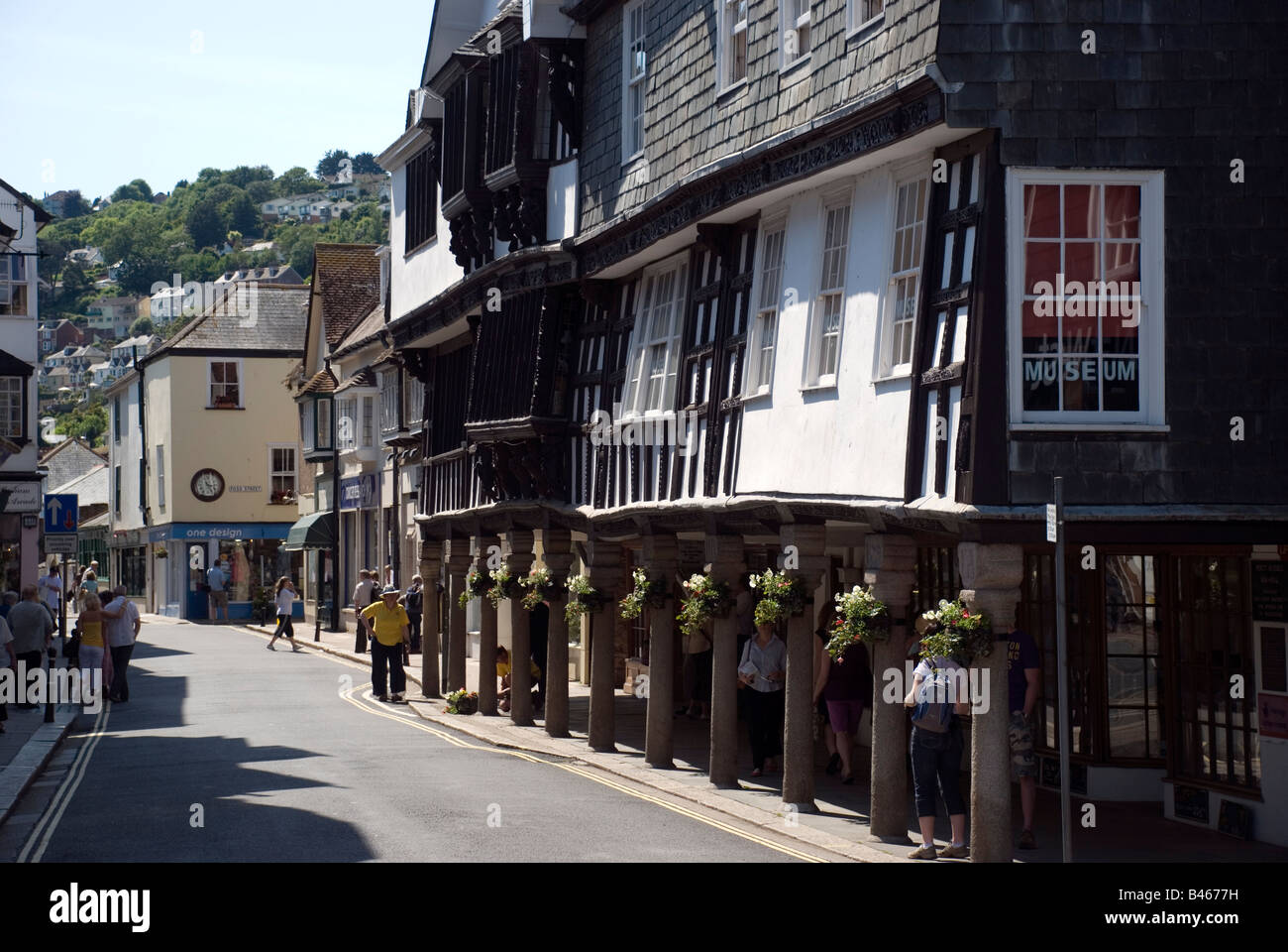 Tudor buildings in Dartmouth,Dartmouth Museum is a museum housed in an atmospheric old merchant's house, built - Stock Image