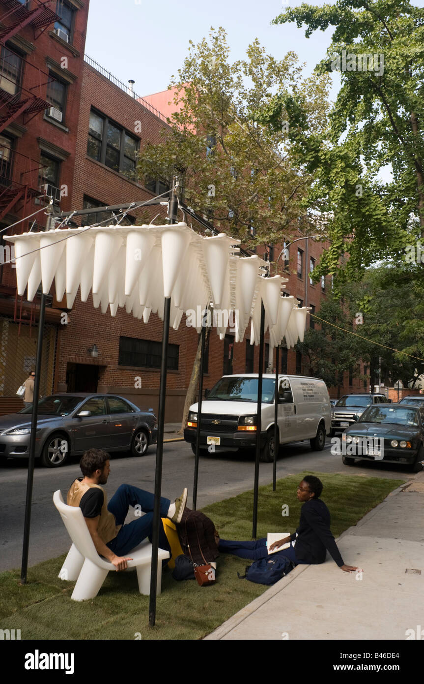 New York City, NY - Forum for Urban Park Design Park utilizes  88 white traffic cones. - Stock Image