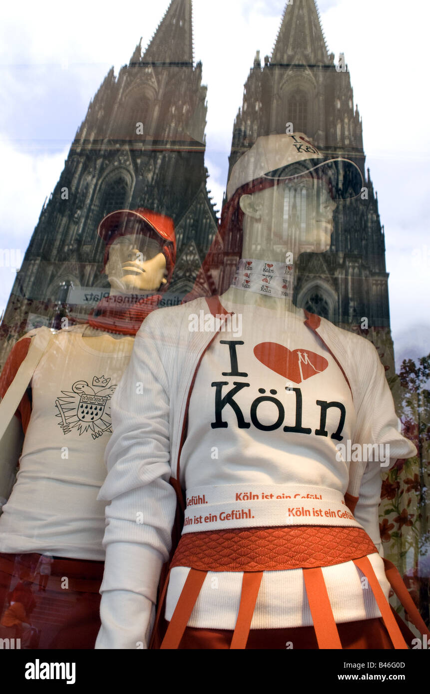 Cologne Cathedral reflected in shop window - Stock Image