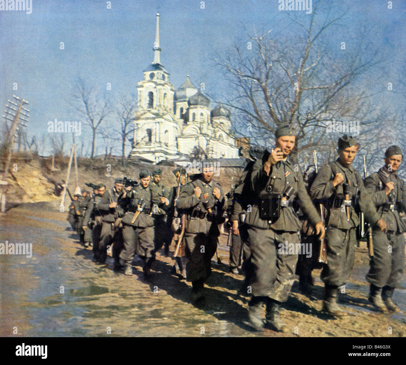 Wehrmacht Infantry Advance German Army grenadiers marching