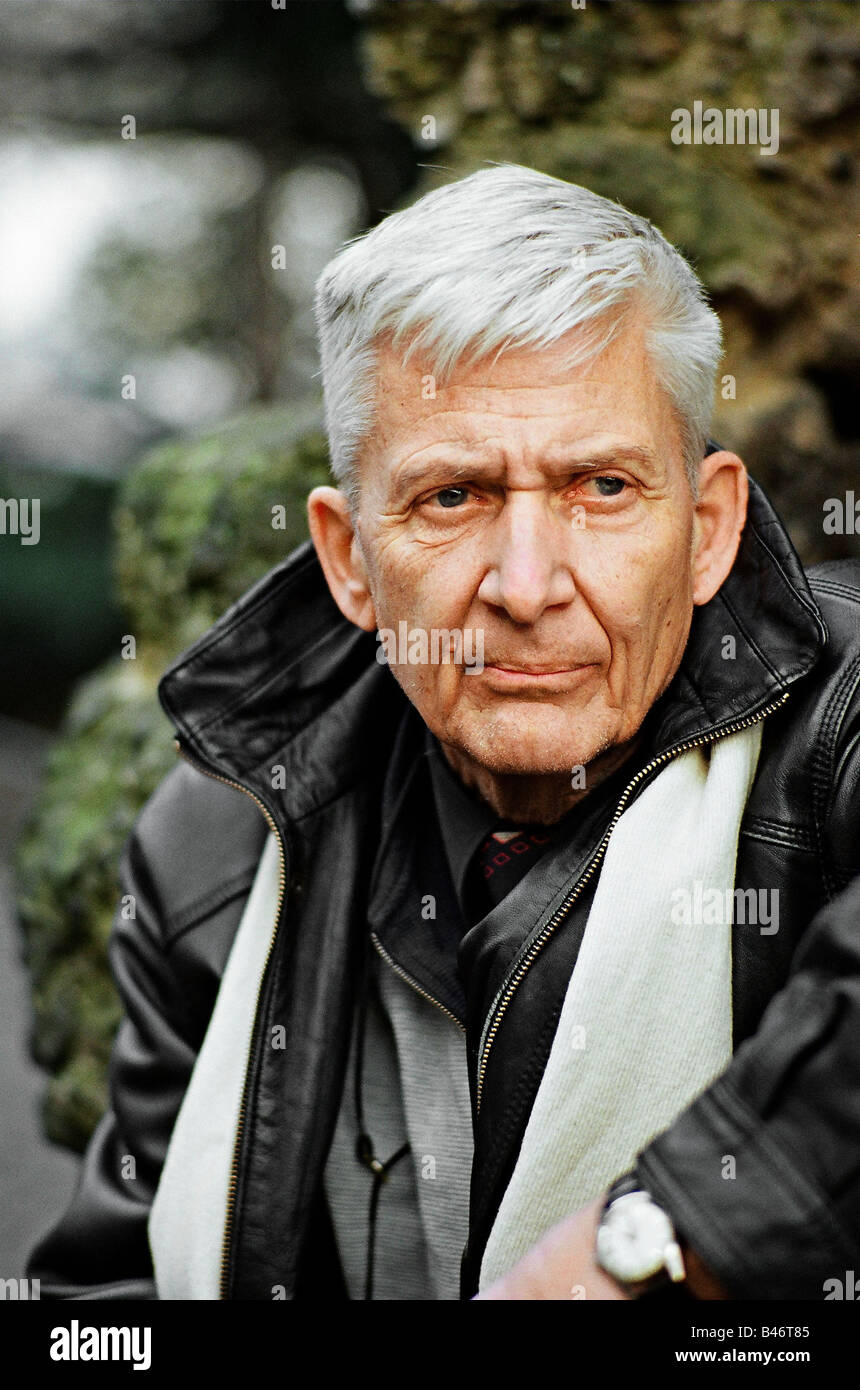 Enquist, Per Olov, * 23.9.1934, Swedish author / writer and journalist, portrait, 5.3.2001, Additional-Rights-Clearances - Stock Image