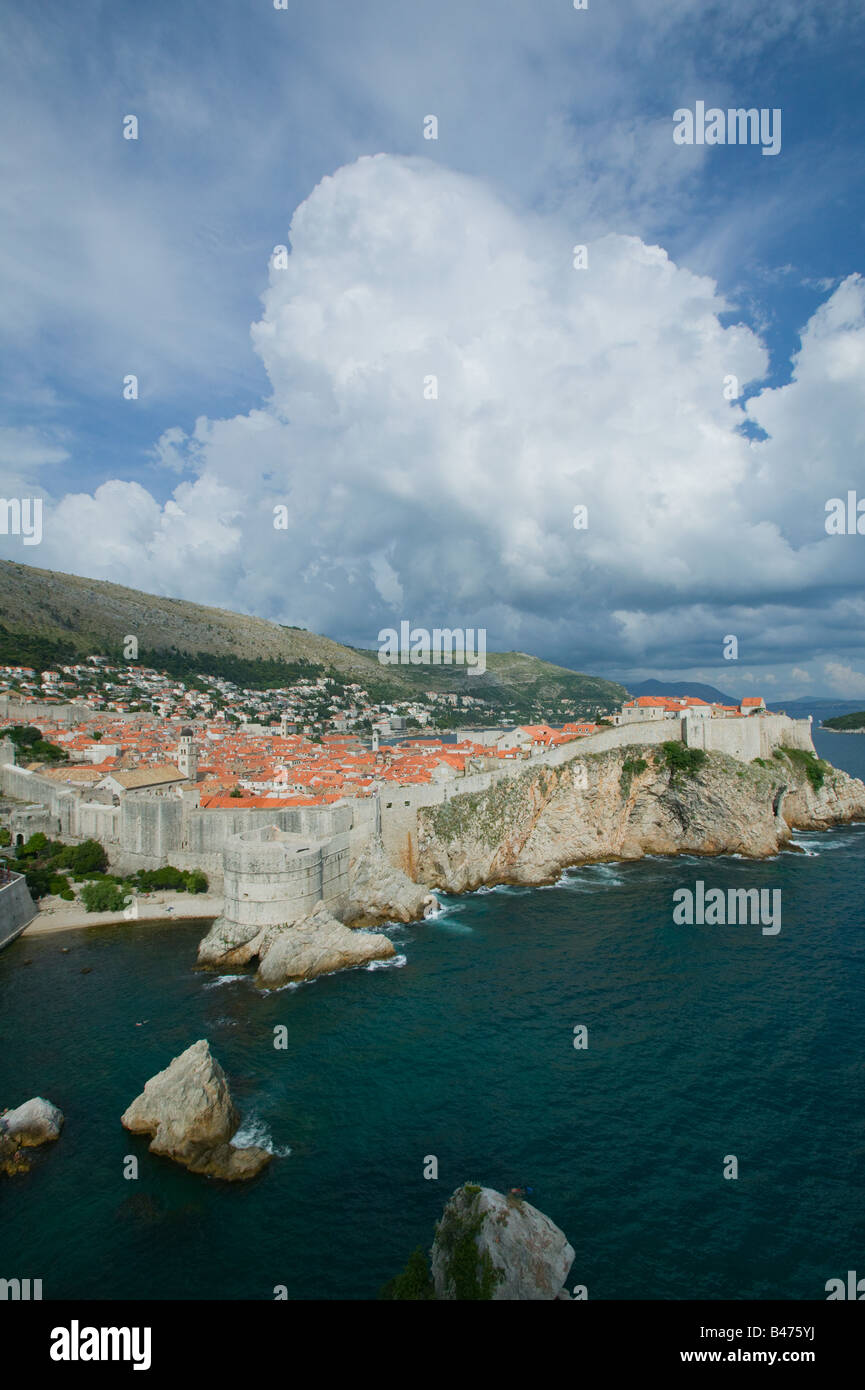 Dubrovnik old town on coast - Stock Image