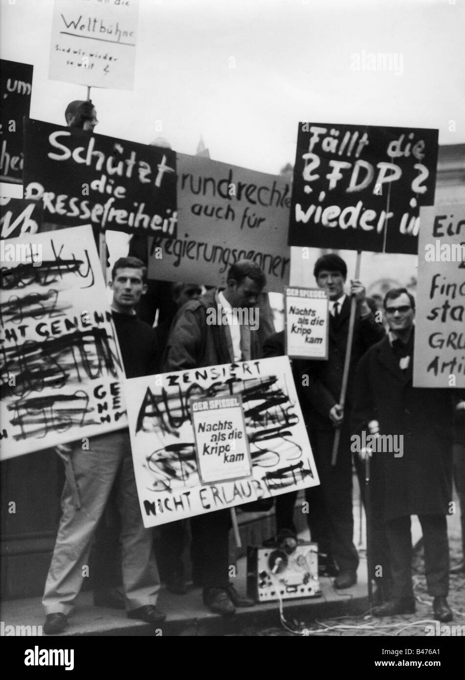 geography / travel, Germany, politics, demonstrations, Spiegel scandal, demonstrators with transparents, 1962, Additional - Stock Image