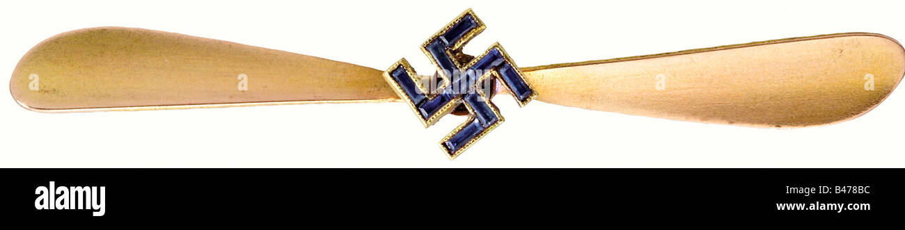 Hanna Reitsch - a brooch in form of a golden airscrew., A gift from Ernst Udet for Reitsch's 24th birthday on - Stock Image