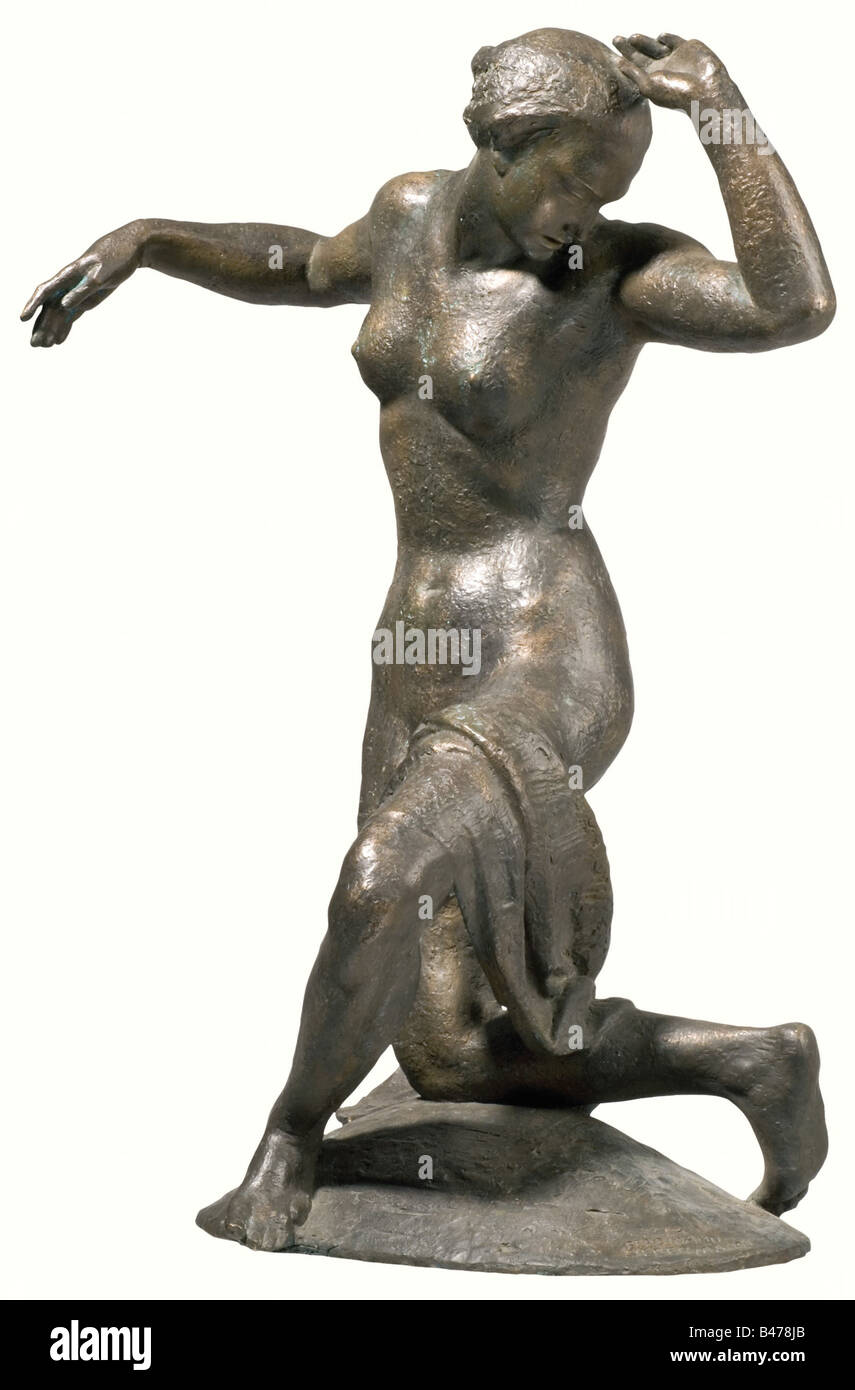 Ferdinand Liebermann (1883 - 1941) - Woman Dancer., Bronze sculpture. Plinth signed on the front right side with Stock Photo
