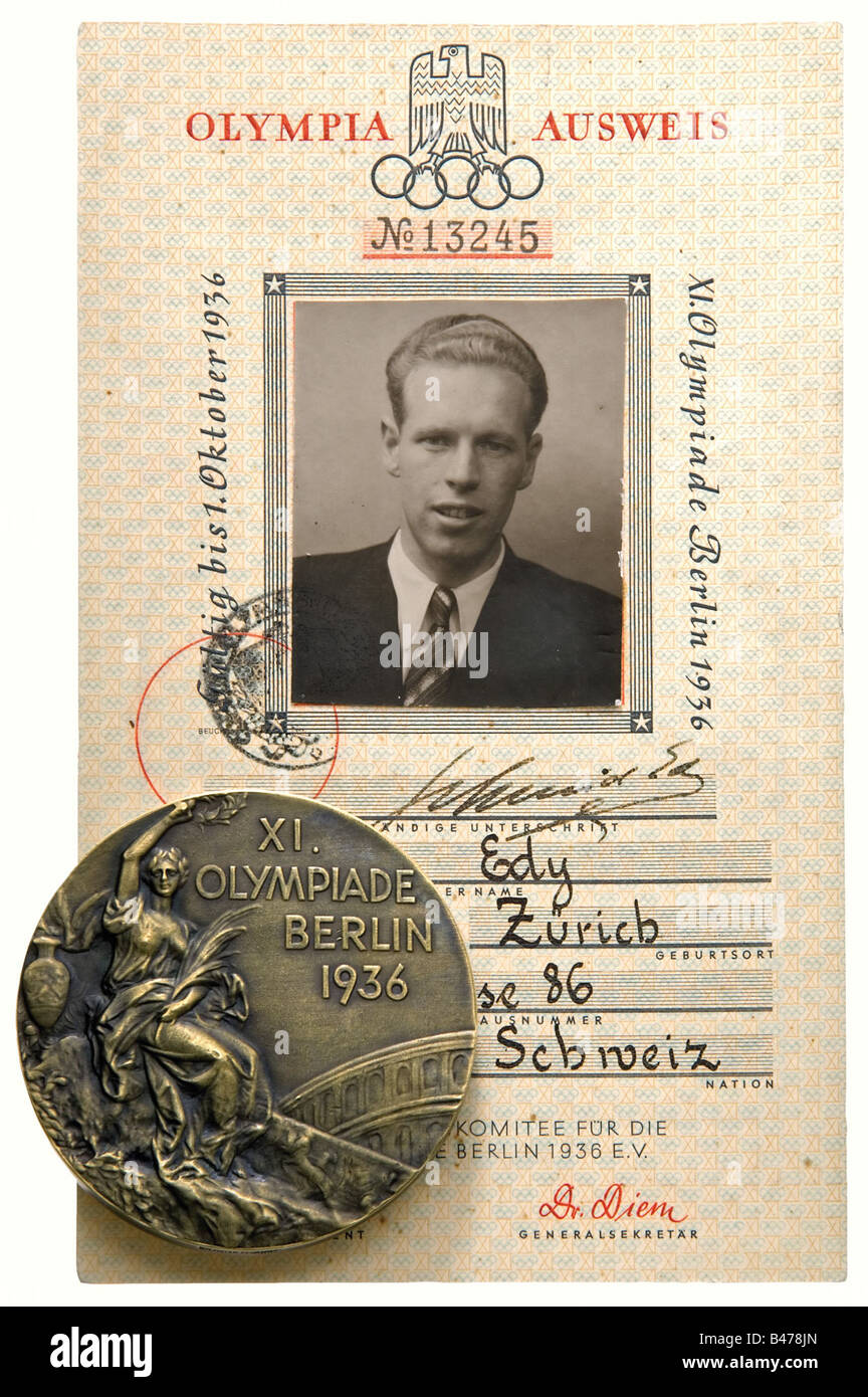 Olympic Games, Berlin, 1936 - a Bronze Medal, an award certificate and an identity document, for Third Place in - Stock Image