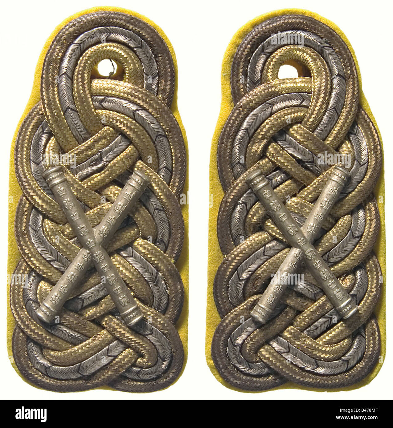 Field Marshal Paul von Hindenburg., A pair of shoulder boards for a Field Marshal and detached officer of the 3rd - Stock Image