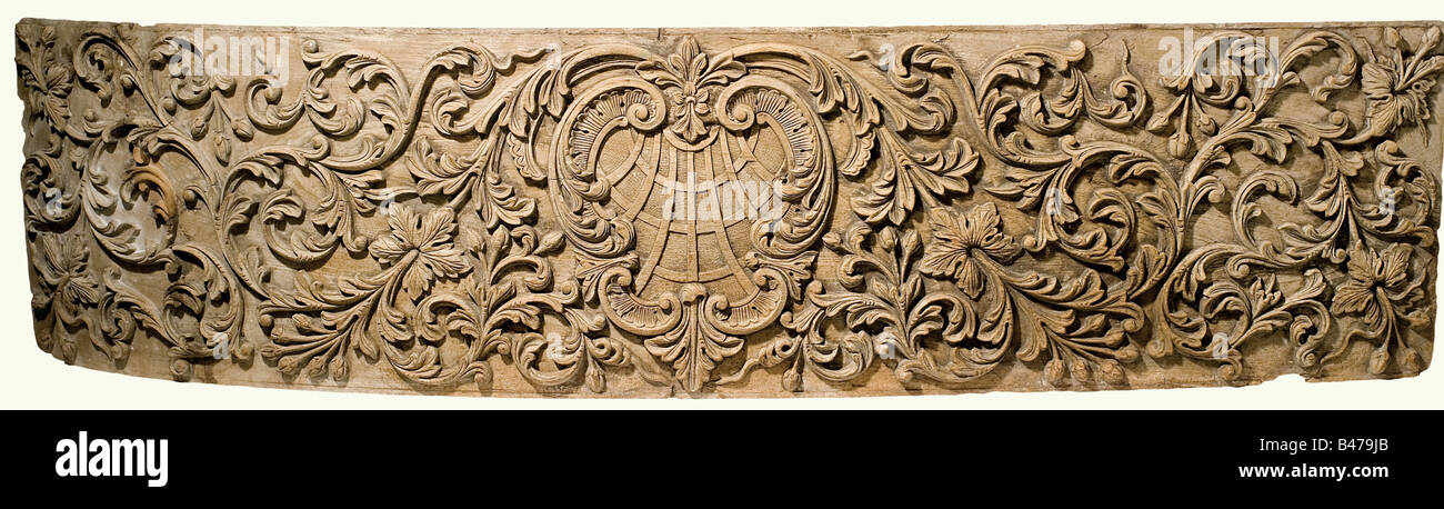 Two carved panels, Portugal(?), 18th century. Oak with high carved leafy and flowery vines. There is a cartouche Stock Photo