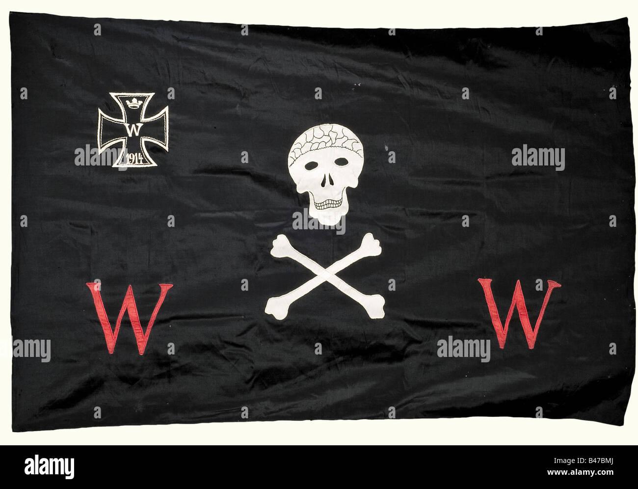 Weimar Republic, Der Wehrwolf (German Men's Association), a banner, a flag nail, and a member's book Banner, - Stock Image