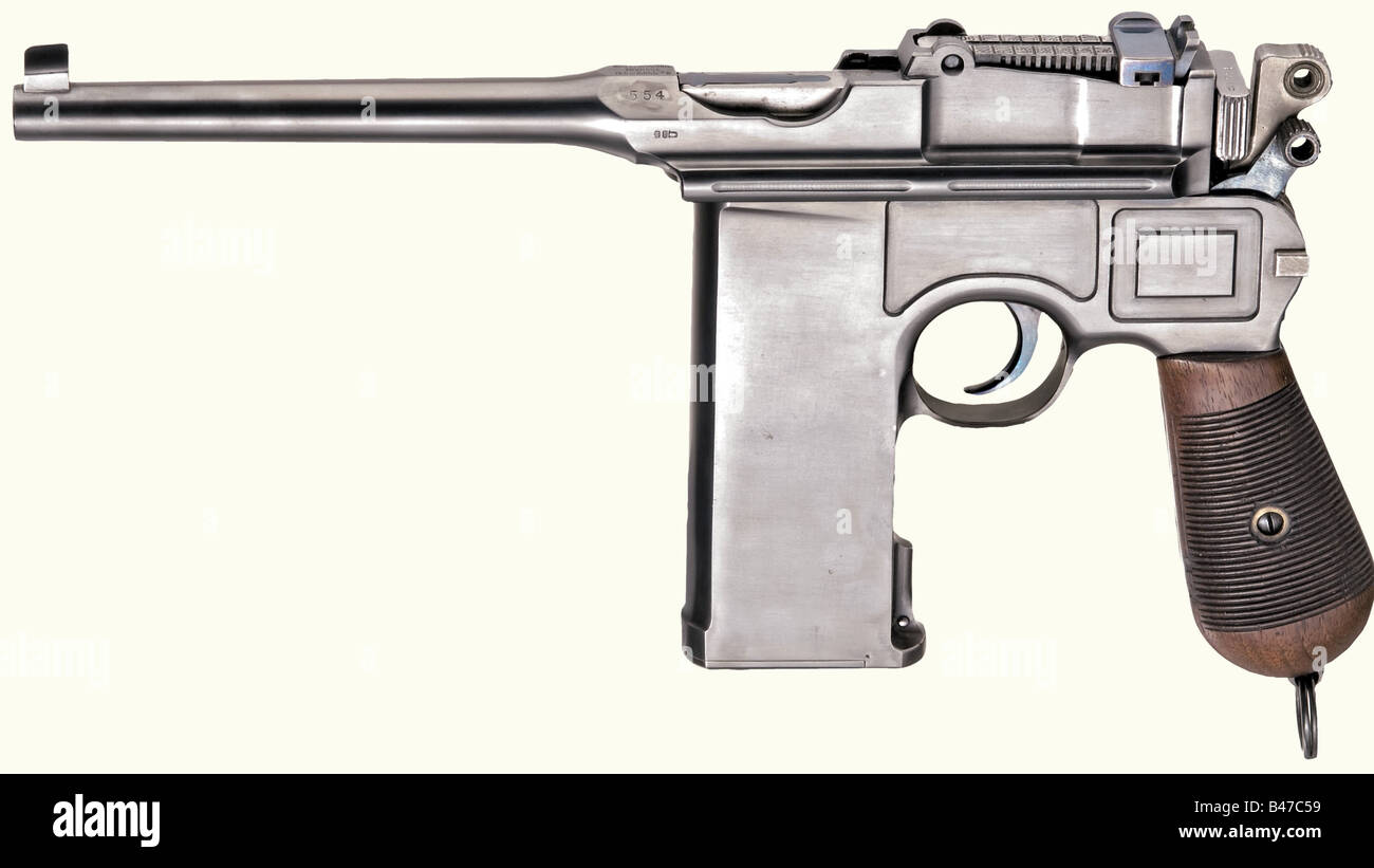 A Mauser C 96 'Small Ring 20-shot', calibre 7.63 mm, no. 554. Matching numbers. Slightly matt bore, length - Stock Image