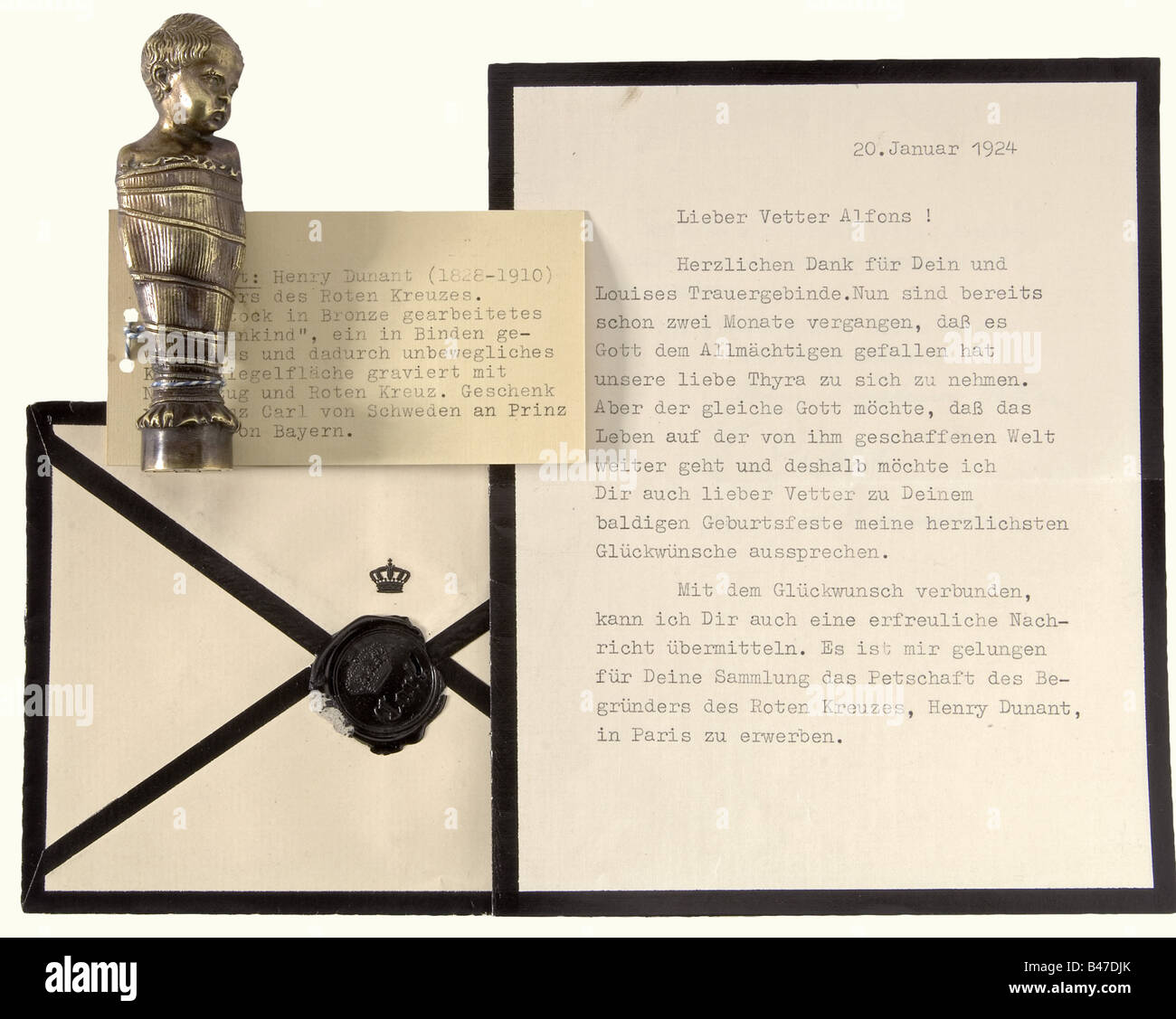 Henry Dunant (1828 - 1910) - a seal in the form of a so-called 'Fatschenkind'., Bronze figure of an infant - Stock Image