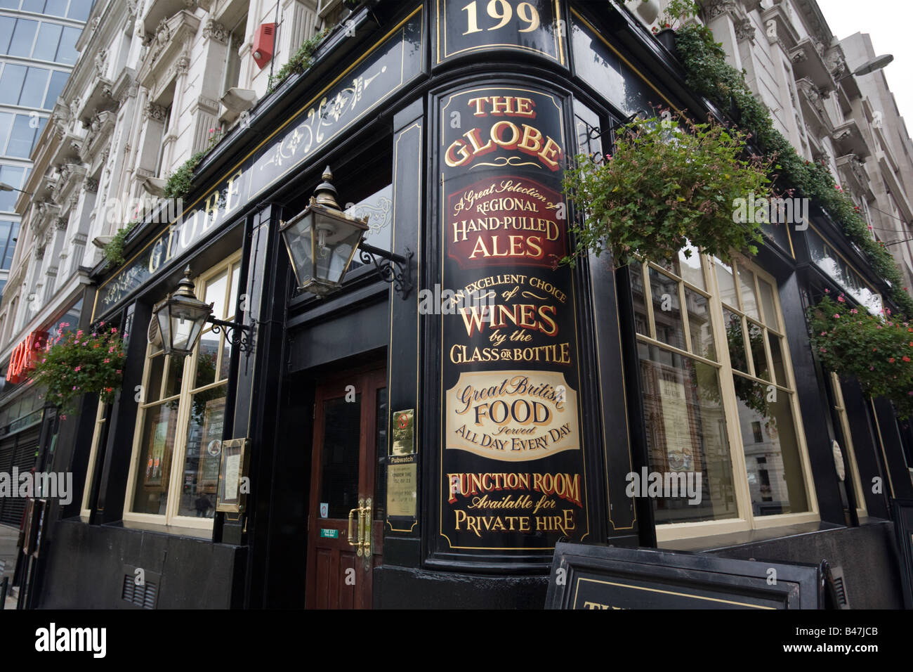 The Globe Public House Moorgate City of London GB UK - Stock Image