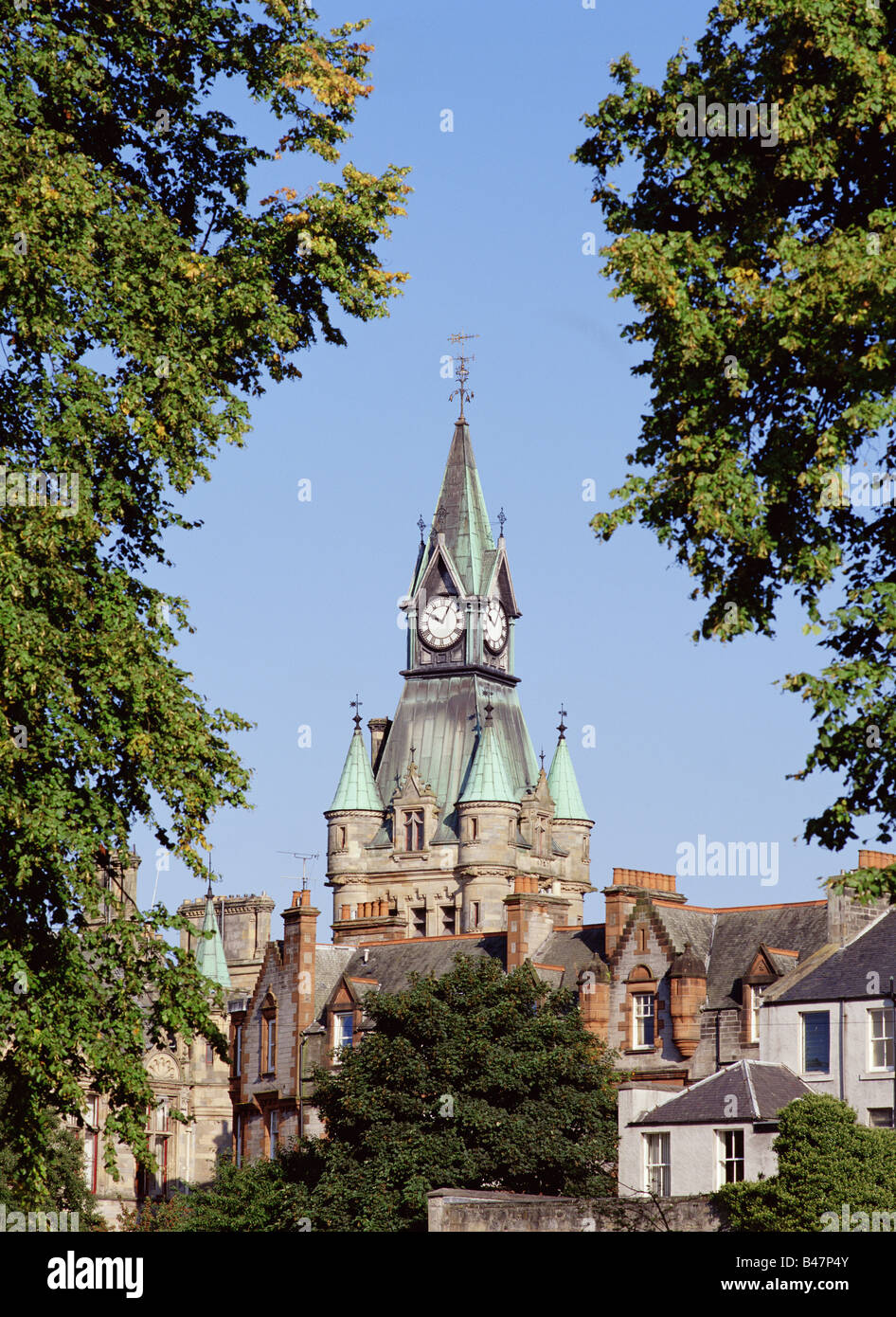 dh  DUNFERMLINE FIFE Town hall clock tower Stock Photo