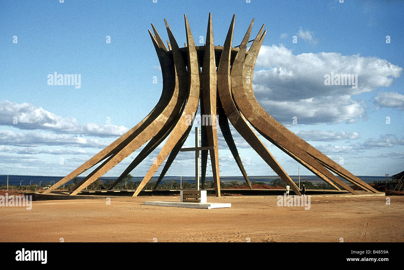 5a3b55d9ee79f8 Brasilia Cathedral Construction Stock Photos   Brasilia Cathedral ...