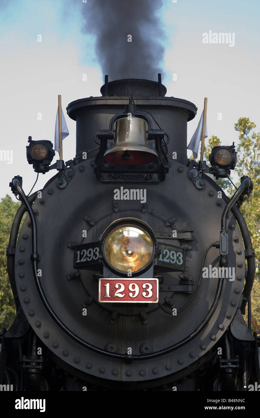 Head on view of front of historic coal powered steam locomotive No 1293 on  its visit to the Cuyahoga Valley National Park