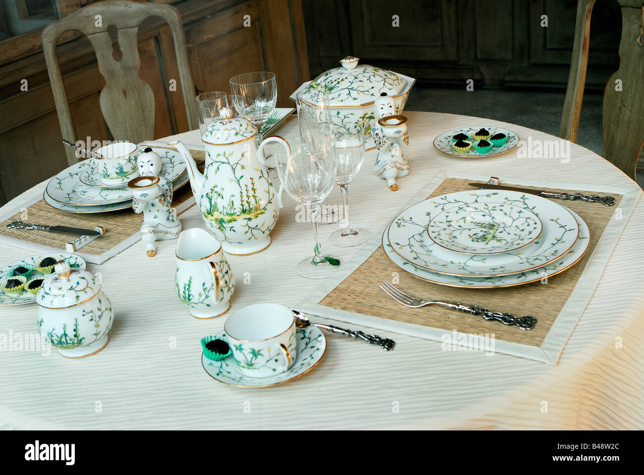 Paris , France, Shopping, French Ceramics Store Table Setting on ...
