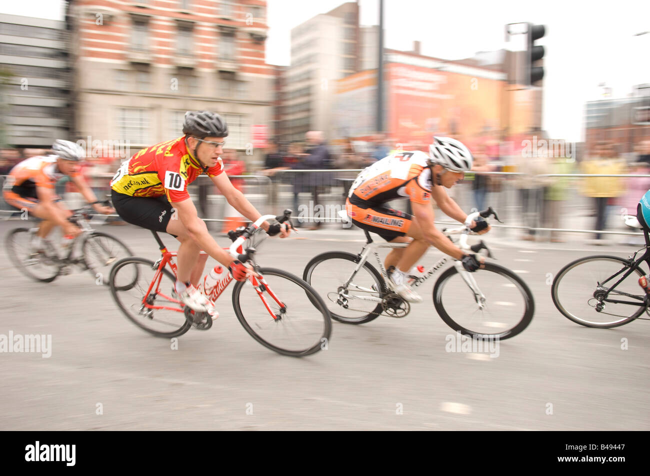 Cyclists in the Tour of Britian Cycle Race 2008 speed down the road in Liverpool - Stock Image