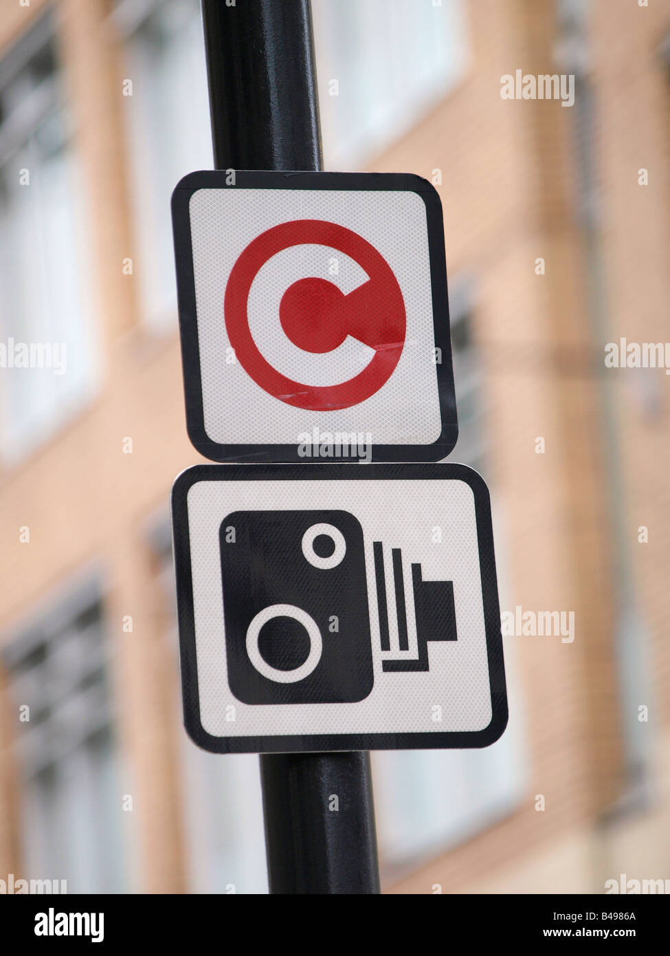 Congestion charge zone camera sign central London UK - Stock Image
