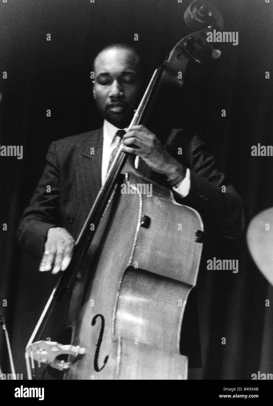Chambers, Jeff, American musician (Jazz), half length, playing contrabass, live performance, Karlsruhe, June 1993, - Stock Image