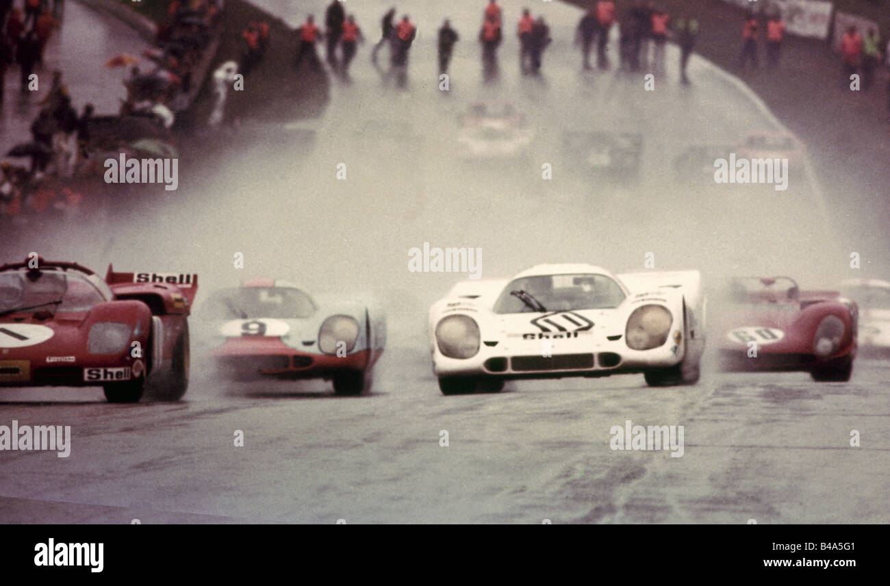sports, car racing, racing cars, Brands Hatch Circuit , beginning of race, Fawkham London, 1970, Additional-Rights - Stock Image