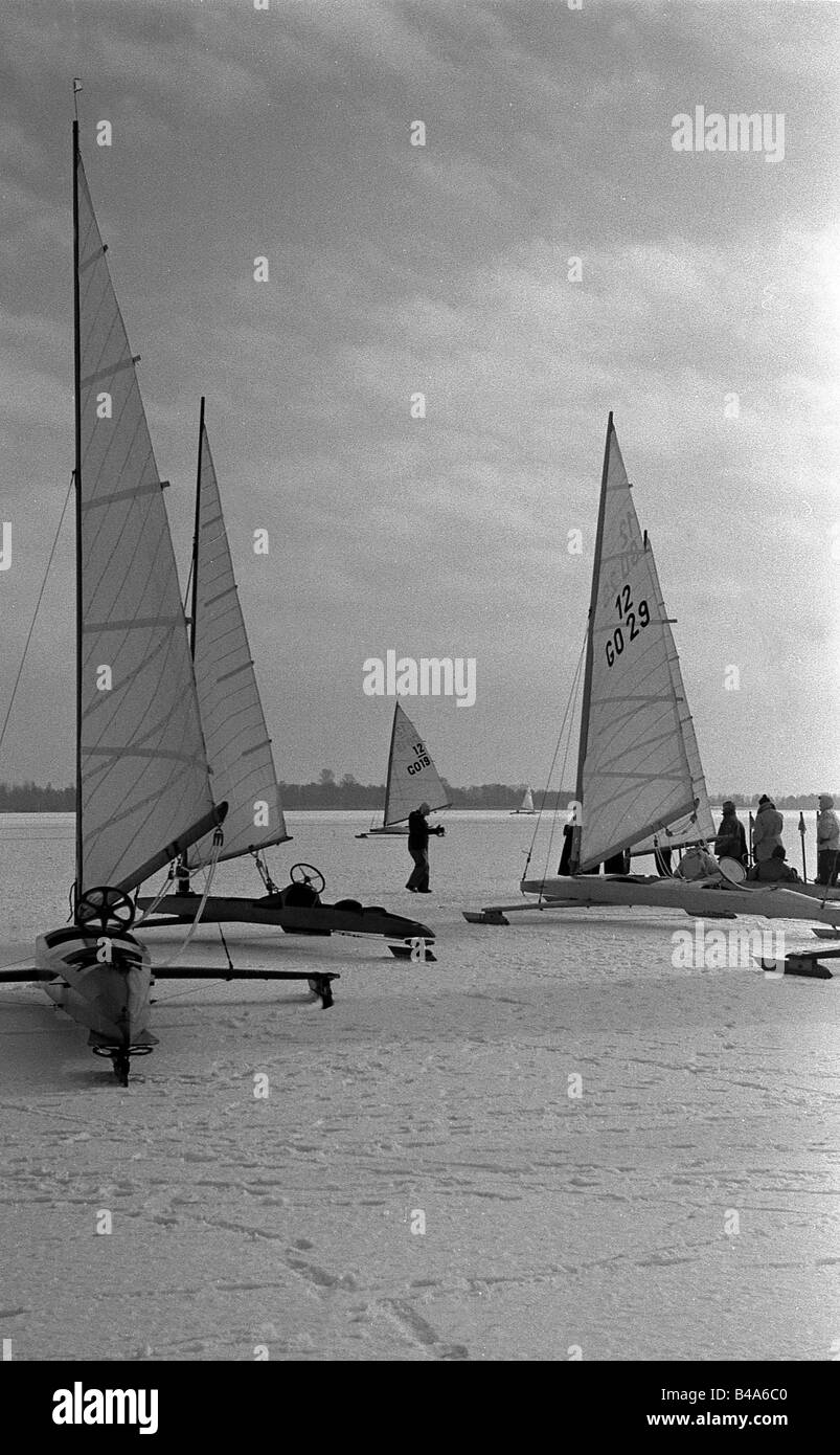 sports, winter sports, Ice Yachting, Lake Rangsdorf, Potsdam District, 1954, Additional-Rights-Clearances-NA - Stock Image