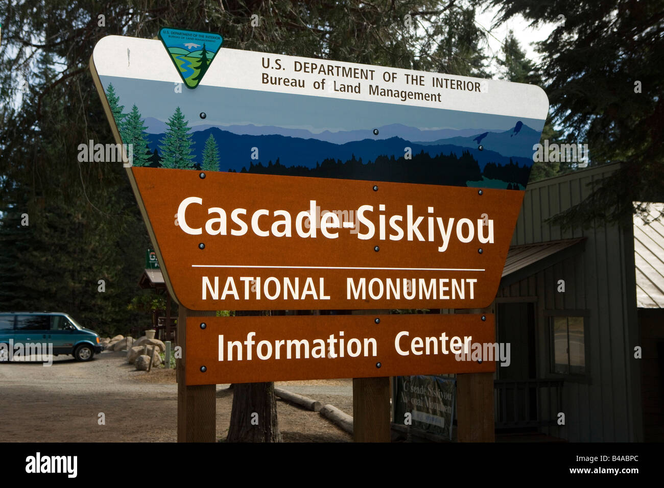 Bureau of Land Management sign for the Cascade-Siskiyou National Monument information center, Green Springs, Oregon - Stock Image