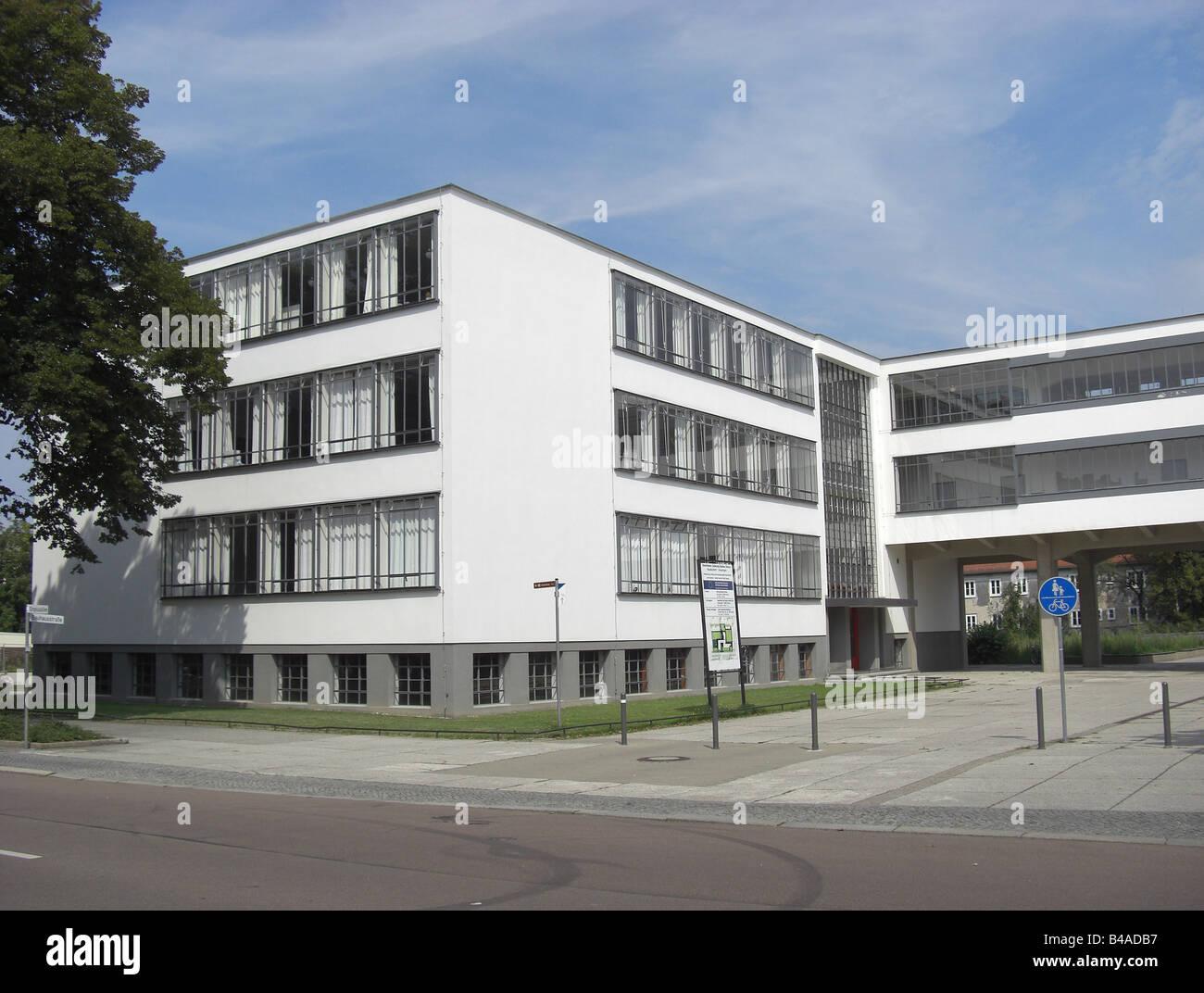 geography / travel, Germany, Saxony-Anhalt, Dessau, buidlings, Bauhaus, built: 1925 - 1926 by Walter Gropius, exterior - Stock Image