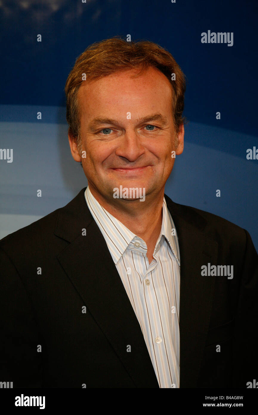 Plasberg, Frank, * 18.5.1957, German journalist and moderator, portrait, photo call to the ARD telecast 'Hart - Stock Image