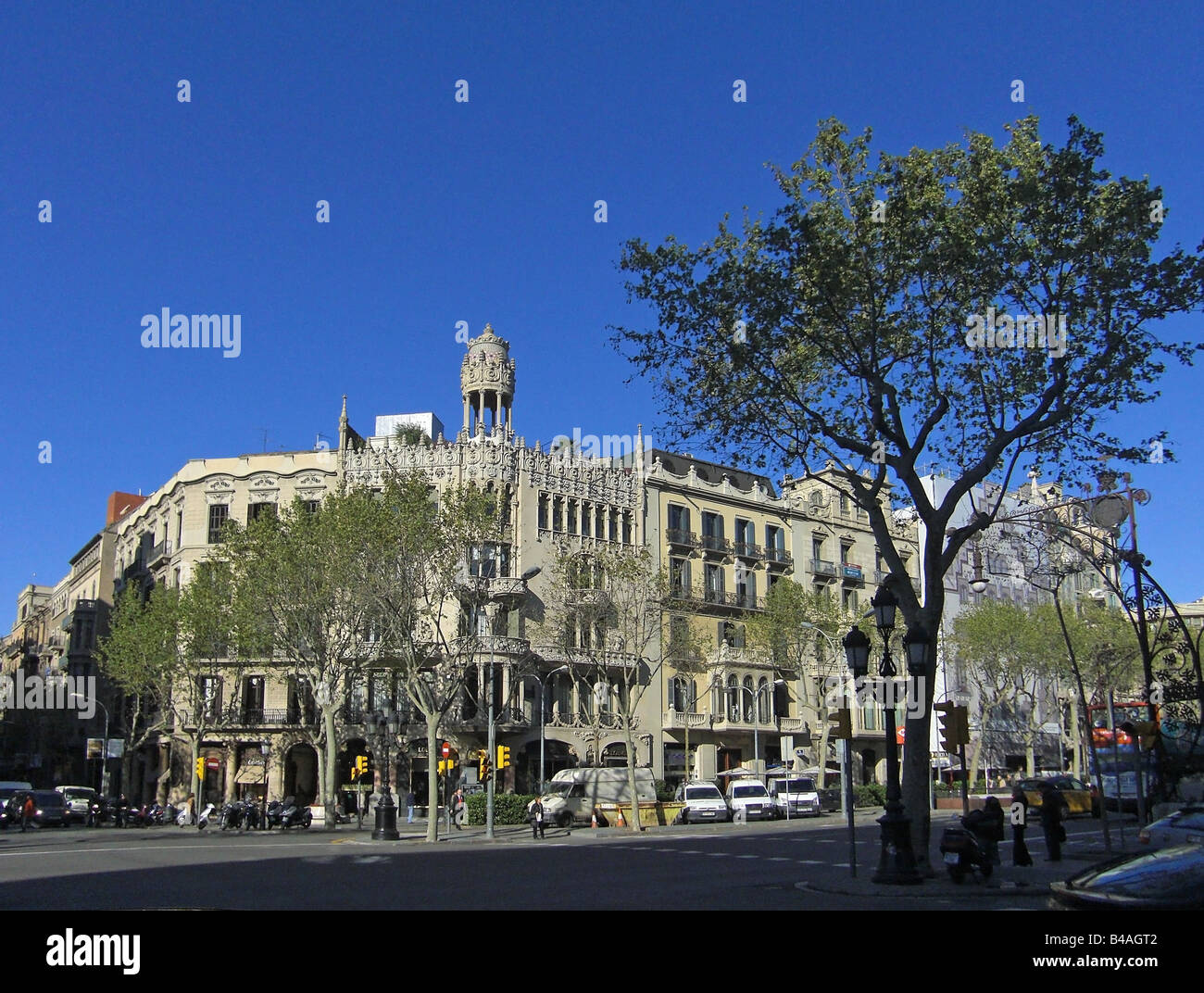 geography / travel, Spain, Barcelona, street scenes, Passeig de Gracia, Additional-Rights-Clearance-Info-Not-Available - Stock Image