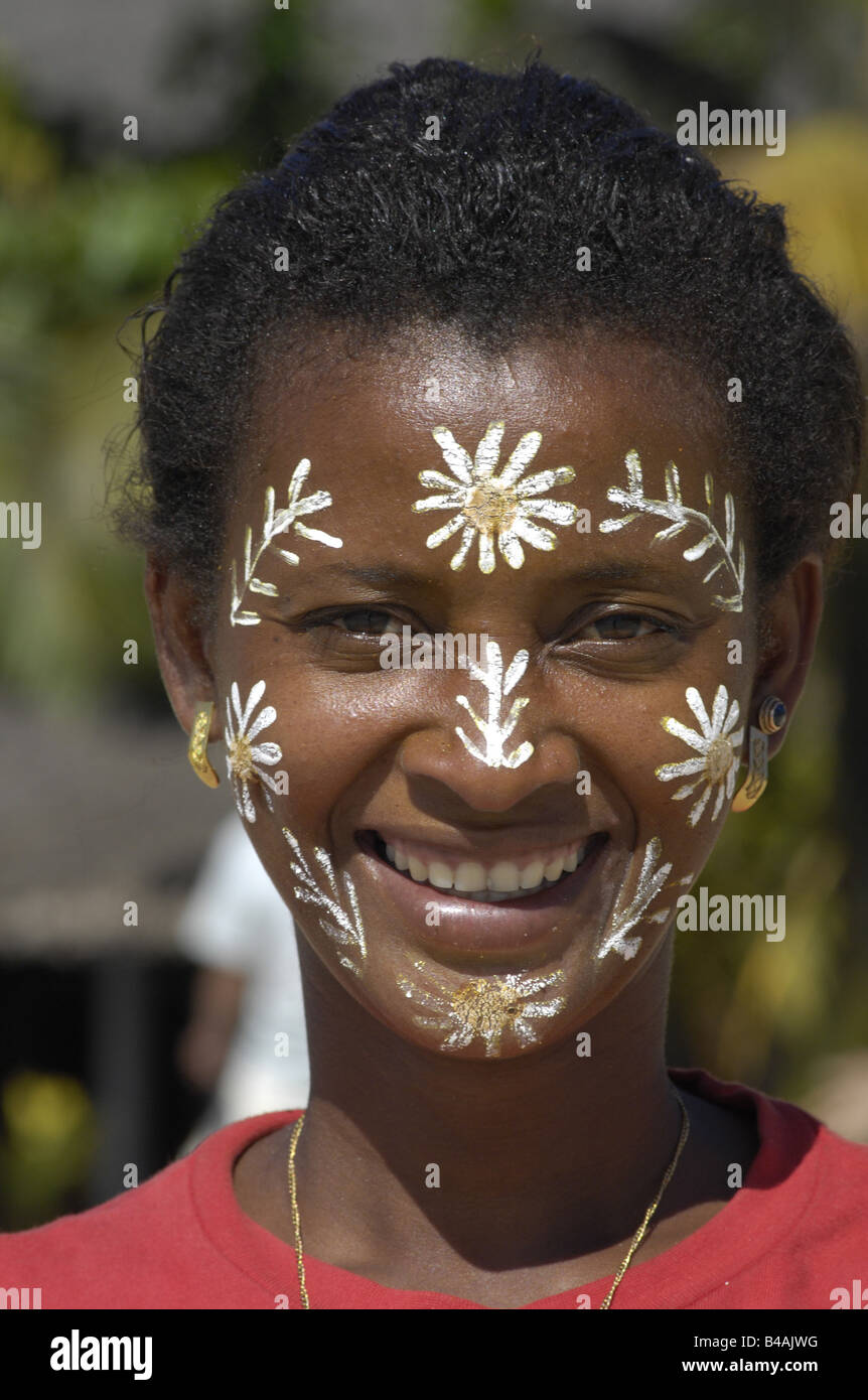 people, ethnology, women, Madagascar, woman with traditional paintings in face, Additional-Rights-Clearance-Info - Stock Image