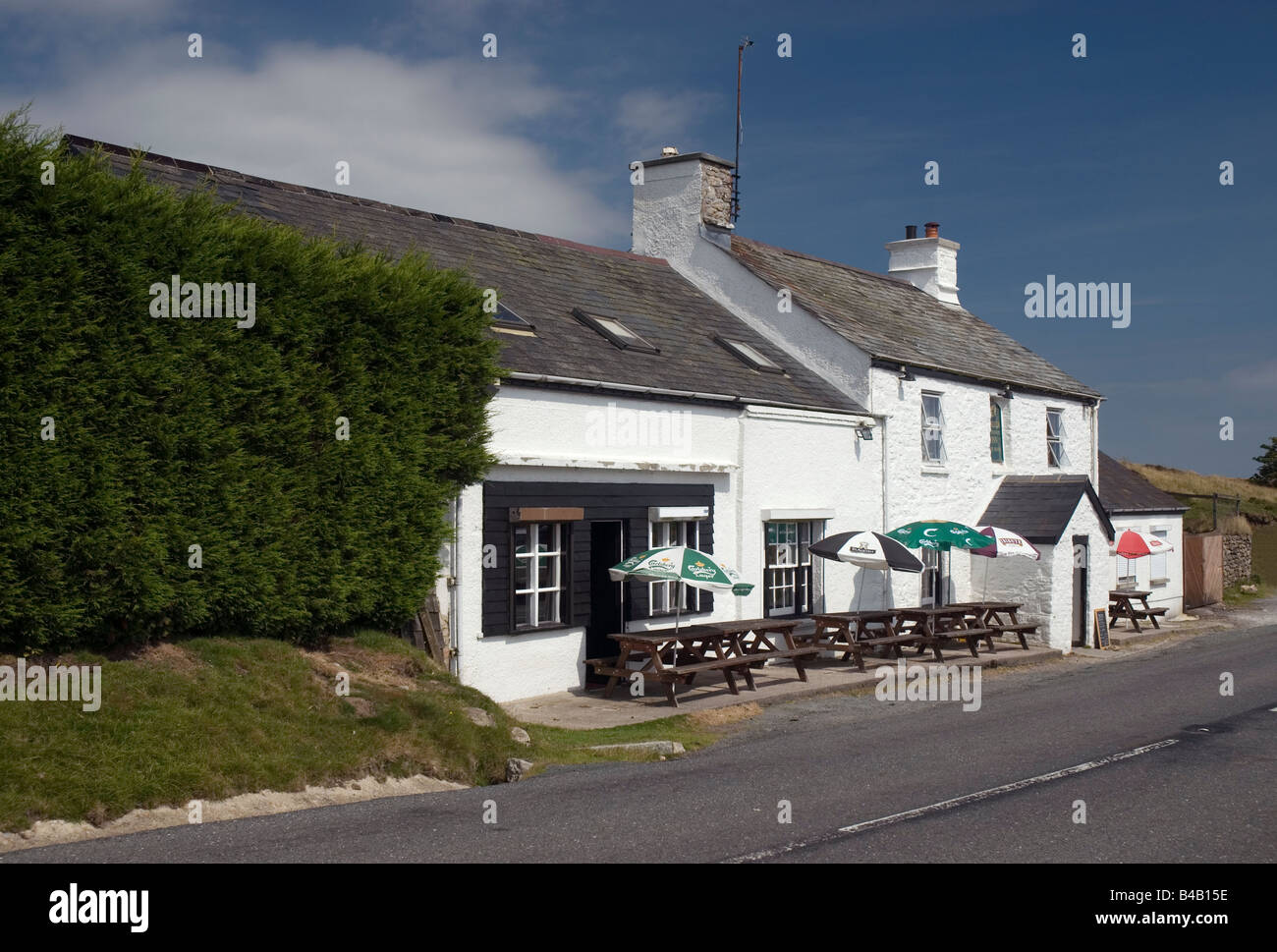 Warren House Inn, Postbridge, Dartmoor National Park, Devon, England. - Stock Image
