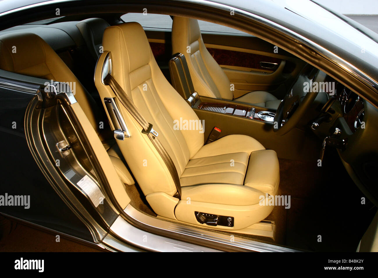 Car Bentley Continental Gt Model Year 2003 Luxury Approx S Stock Photo Alamy