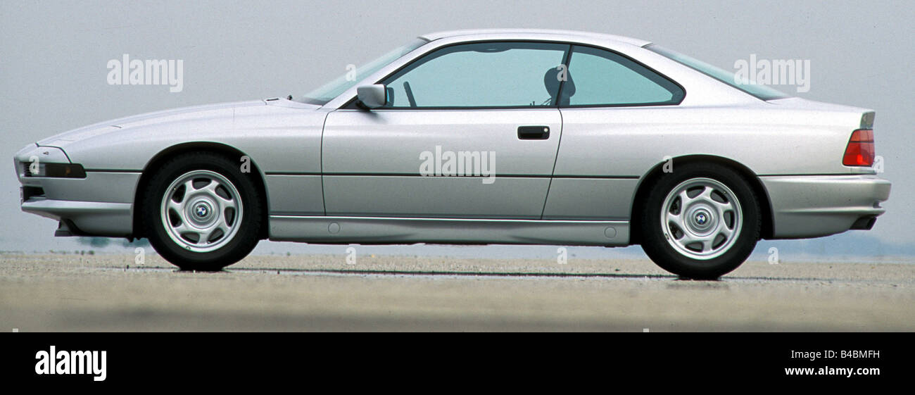 Car, BMW 850i, roadster, model year 1990-1992, silver, FGHDS, coupe/Coupe, standing, upholding, side view - Stock Image