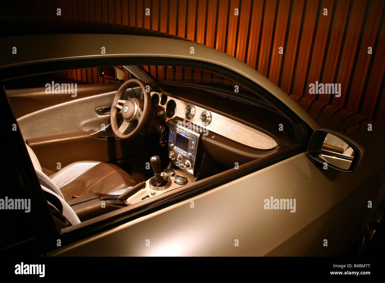 https://c8.alamy.com/comp/B4BMTT/car-lancia-fulvia-study-draft-and-design-study-model-year-2003-silver-B4BMTT.jpg