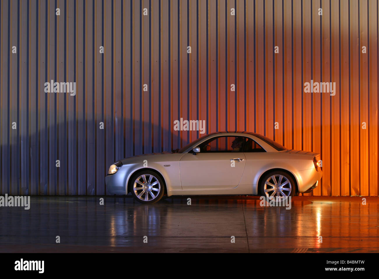 Car, Lancia Fulvia, Study, Draft and design study, model year 2003, silver, standing, upholding, side view, Studio - Stock Image