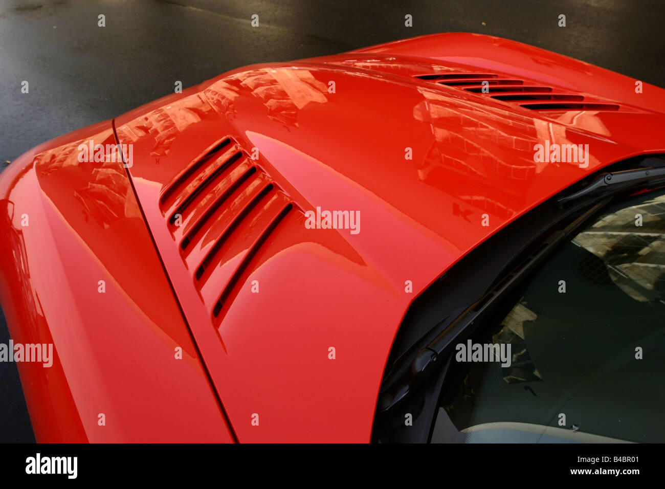 Car, Dodge Viper SRT-10, Convertible, model year 2003-, red, FGHDS, Detailed view, bonnet, technique/accessory, - Stock Image
