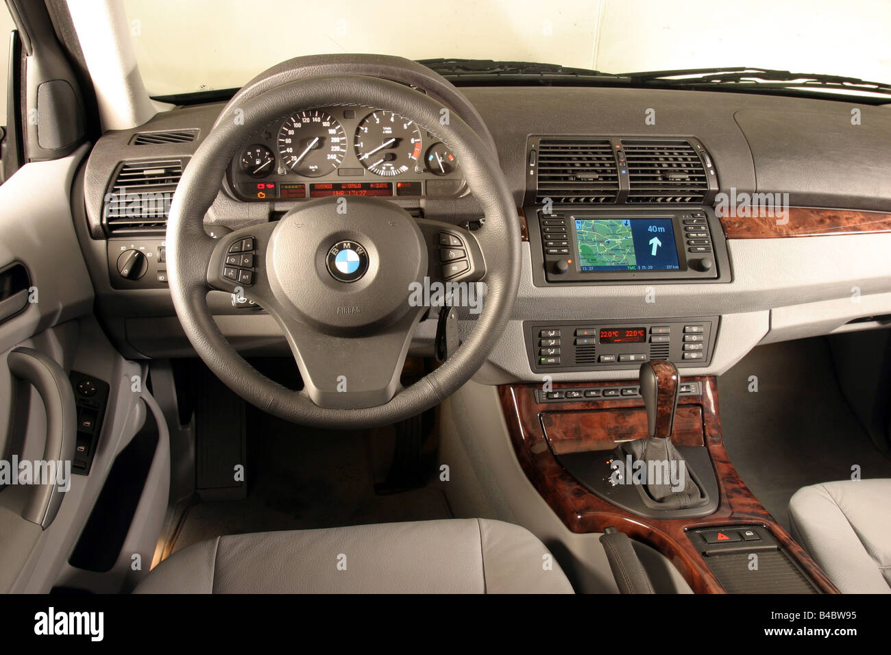 Car, BMW X5 3.0i, Cross Country Vehicle, Model Year 2003 , Blue, Interior  View, Interior View, Cockpit, Technique/accessory, Acc