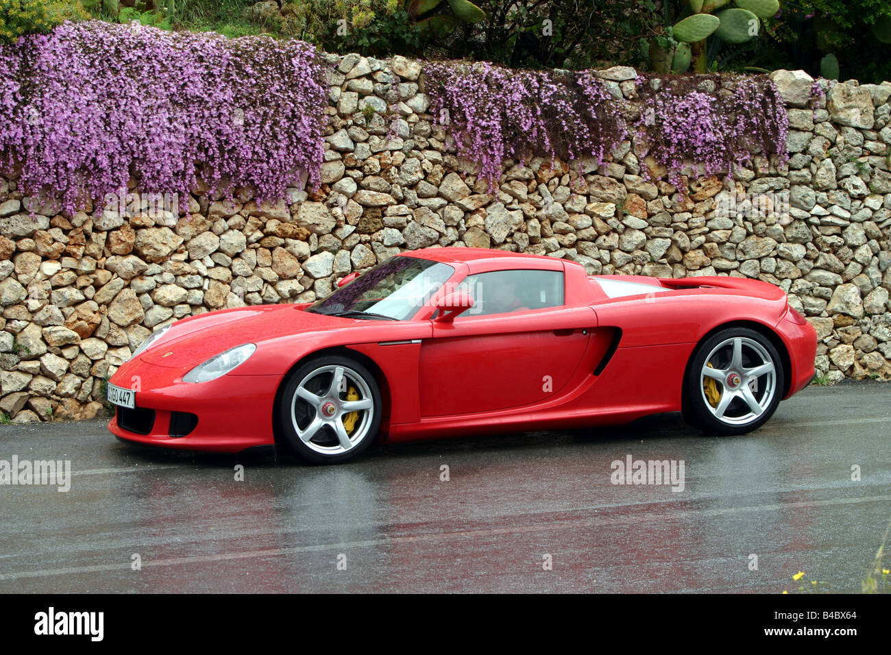 Car Porsche Carrera Gt Roadster Model Year 2003 Coupe Coupe Stock Photo Alamy