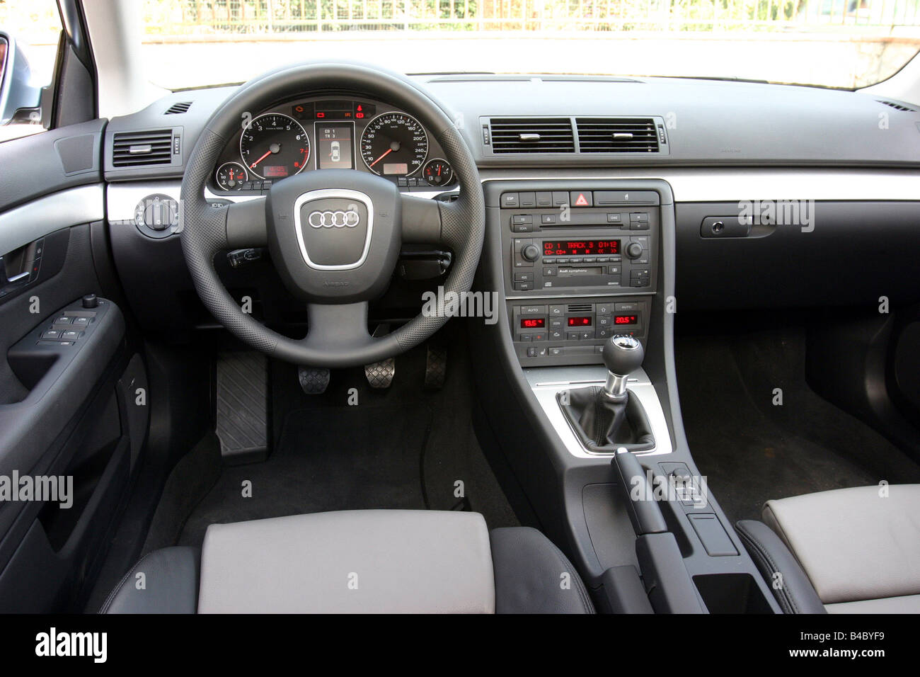 Car, Audi A4 2.0 FSI, Facelift, Model Year 2004 , Silver Blue, Limousine,  Medium Class, Interior View, Interior View, Cockpit, T